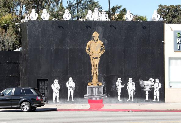 banksy, oscar, gold statue